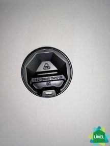 Крышка пластиковая  № 80 черная  (50 шт.)